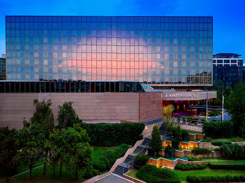 hotel hyatt nova godina 11