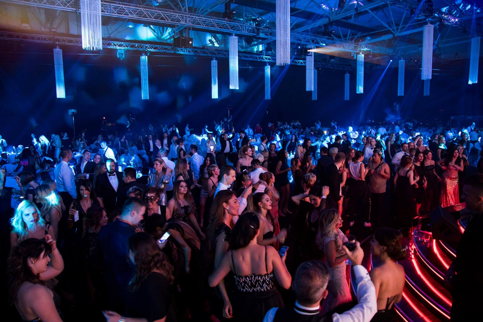 Holiday Inn Hotel Belexpo Center New Year S Eve 2021 In Belgrade